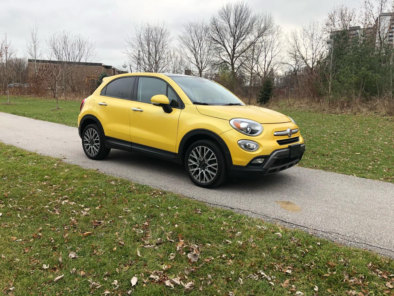 Photo of Yellow 2016 Fiat 500X Trekking