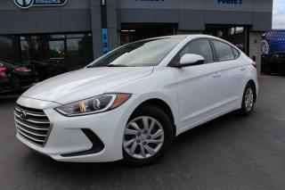 Used 2017 Hyundai Elantra LE for sale in Beauharnois, QC