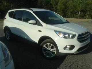 Used 2017 Ford Escape SE for sale in Ste-Anne-des-Lacs, QC