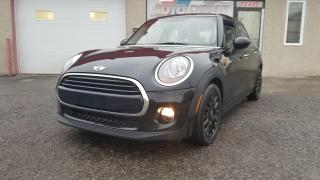 Used 2016 MINI Cooper 5 Door, AUTOMATIQUE, CUIR, TOIT OUVRANT for sale in Mirabel, QC