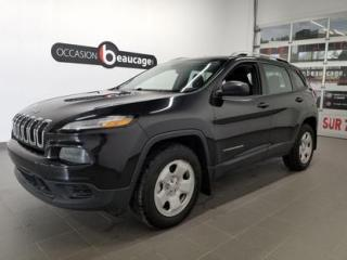 Used 2016 Jeep Cherokee Sport for sale in Sherbrooke, QC
