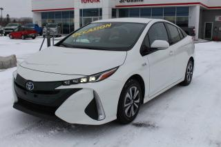 Used 2017 Toyota Prius Prime HYBRIDE BRANCHABLE SIEGES CHAUFFANTS CAMERA G for sale in St-Basile-le-Grand, QC