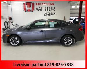 Used 2017 Honda Civic LX 4 portes CVT for sale in Val-D'or, QC