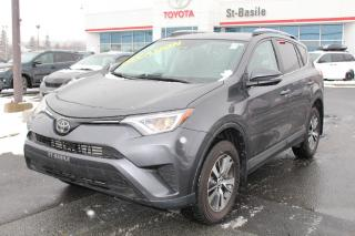 Used 2018 Toyota RAV4 LE AWD MAGS SIEGES CHAUFFANTS CAMERA RECUL for sale in St-Basile-le-Grand, QC
