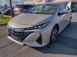 Used 2017 Toyota Prius Prime GPS VOLANT CHAUFFANT BLUETOOTH CLIM CRUISE for sale in St-Basile-le-Grand, QC