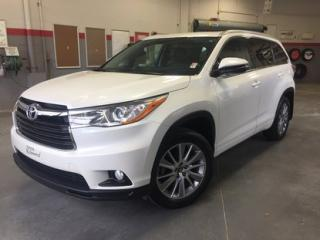 Used 2016 Toyota Highlander XLE AWD GrA *TOIT + MAGS* for sale in Richmond, QC