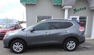 Used 2015 Nissan Rogue SV AWD Toit Panoramique for sale in Thetford Mines, QC