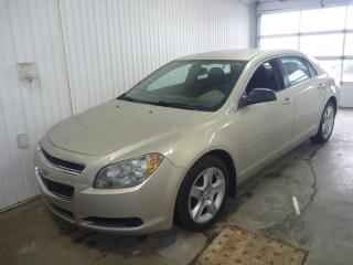 Used 2010 Chevrolet Malibu 4dr Sdn LS for sale in St-Félicien, QC