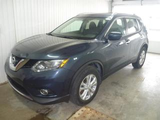 Used 2016 Nissan Rogue SV AWD 5dr for sale in St-Félicien, QC