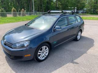 Used 2010 Volkswagen Golf Wagon 4dr for sale in Terrebonne, QC
