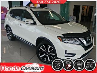 Used 2017 Nissan Rogue SL AWD-TOIT PANO/DÉFLECTEUR/CUIR/HITCH for sale in St-Hyacinthe, QC