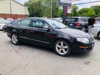 Used 2009 Volkswagen Passat Highline-Cuir-Toit-Mags-Groupe Electrique-Bluethoo for sale in Laval, QC