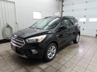 Used 2018 Ford Escape SEL Awd .cuir ,toit Pain, gps ,bas kilo, for sale in Trois-Rivières, QC