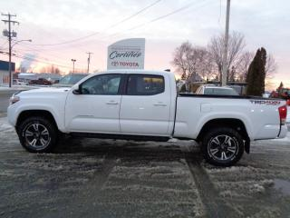 Used 2016 Toyota Tacoma SR5 Double Cab V6 4RM BA for sale in St-Félicien, QC