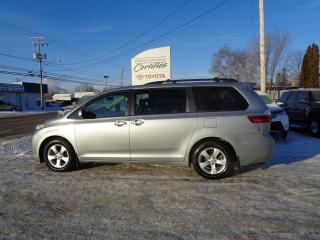 Used 2017 Toyota Sienna 5 portes LE 8 places assises, traction a for sale in St-Félicien, QC