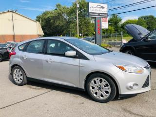 Used 2012 Ford Focus SE-Auto-Air-Bluetooth-Groupe Electrique for sale in Laval, QC
