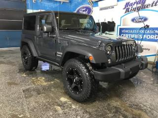 Used 2017 Jeep Wrangler 4WD 2dr Sport for sale in Val-D'or, QC