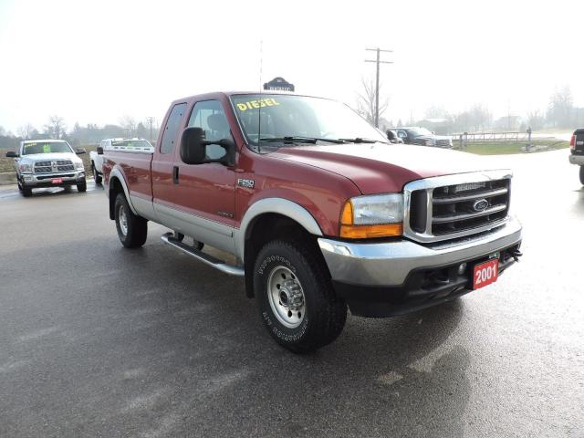 2001 Ford F-250 XLT. 7.3L diesel. 4X4. Only 153000 km's