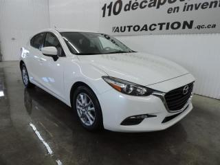 Used 2017 Mazda MAZDA3 GS SPORT - HATCHBACK for sale in St-François-Du-Lac, QC