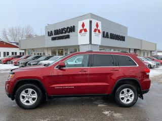 Used 2014 Jeep Grand Cherokee Laredo Véhicule luxueux for sale in Roberval, QC