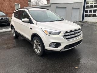 Used 2018 Ford Escape SEL / CUIR / TOIT / GPS / 8 PNEUS for sale in St-Hyacinthe, QC