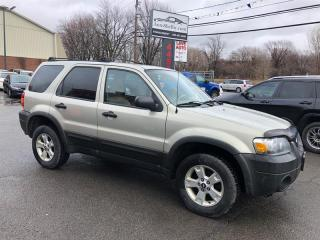 Used 2005 Ford Escape XLT Auto 4WD-Toit-Mags for sale in Laval, QC