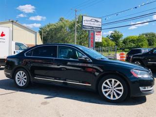Used 2012 Volkswagen Passat Highline-Cuir-Toit-Mags-Navi-Siéges Chauffant for sale in Laval, QC
