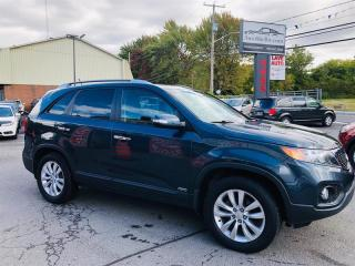 Used 2011 Kia Sorento 7 Passagers-AWD-Siéges Chauffant-Jamais Accidentée for sale in Laval, QC