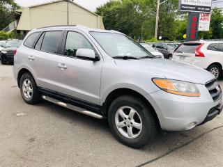 Used 2009 Hyundai Santa Fe AWD-Air-Cuir-Toit-Siége Chauffant-Jamais Accidenté for sale in Laval, QC