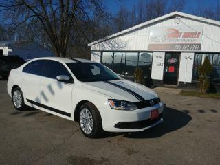 Used 2011 Volkswagen Jetta Sedan 2.5L for sale in Barrie, ON