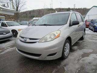 Used 2007 Toyota Sienna CE for sale in Québec, QC