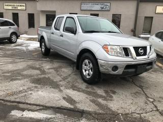 Used 2011 Nissan Frontier 4WD Crew Cab LWB SV,MINT CONDITION,NO ACCIDENTS ! for sale in Burlington, ON