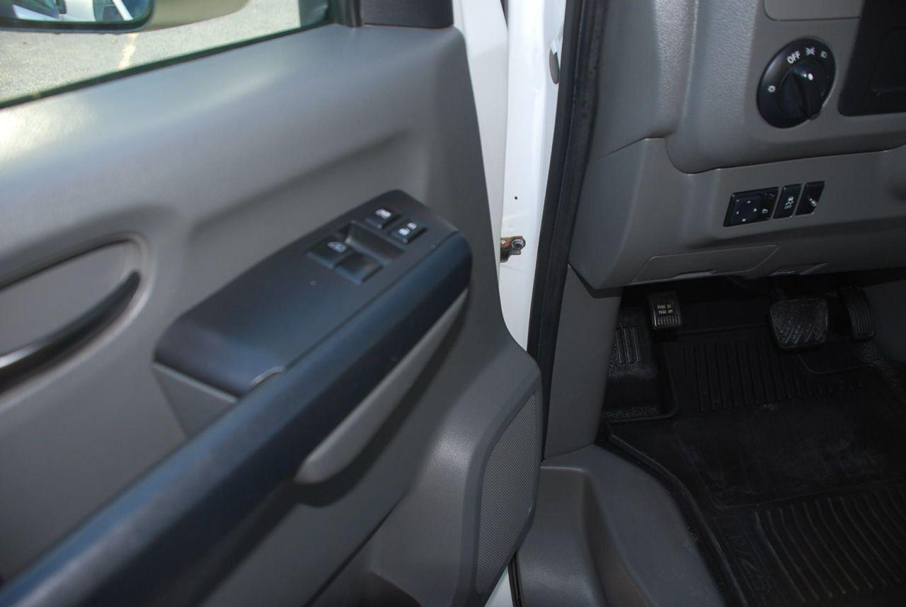 2013 Nissan NV 2500