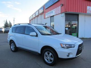 Used 2010 Mitsubishi Outlander LS $7,495 +HST +LIC FEE / CLEAN CARFAX REPORT/ 3RD ROW SEATS for sale in North York, ON