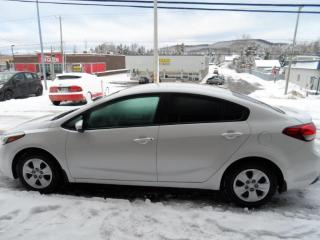 Used 2017 Kia Forte Berline 4 portes, boîte automatique LX for sale in Val-David, QC