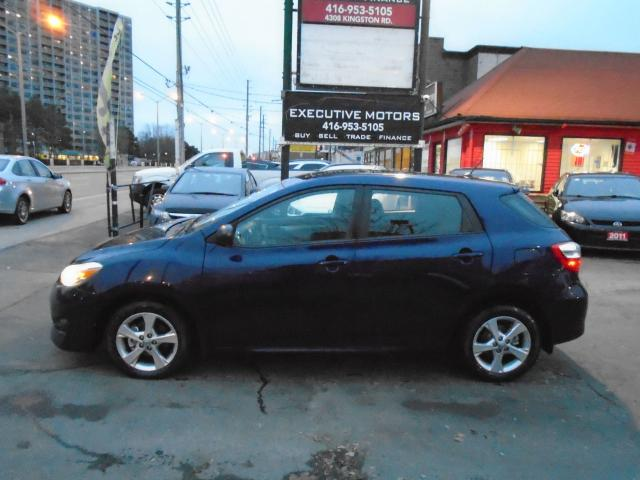2013 Toyota Matrix XR / ONE OWNER / NO ACCIDENT / CERTIFIED / LOADED
