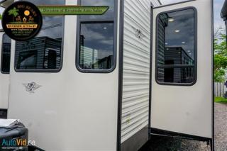 Used 2020 Keystone RV Residence 40FDEN for sale in Guelph, ON