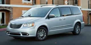 Used 2015 Chrysler Town & Country Limited for sale in Scarborough, ON