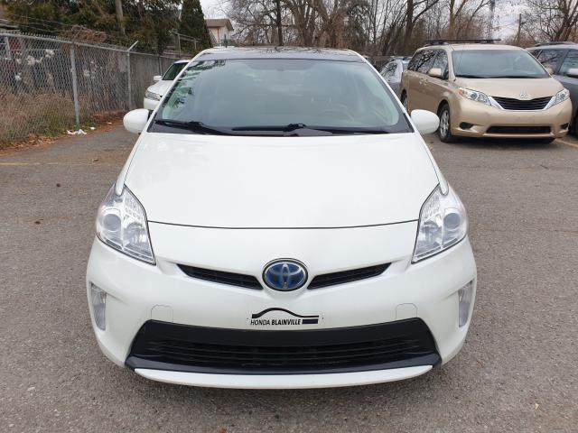 2014 Toyota Prius  Photo2