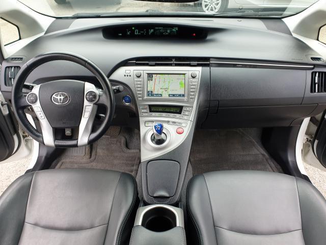 2014 Toyota Prius  Photo16