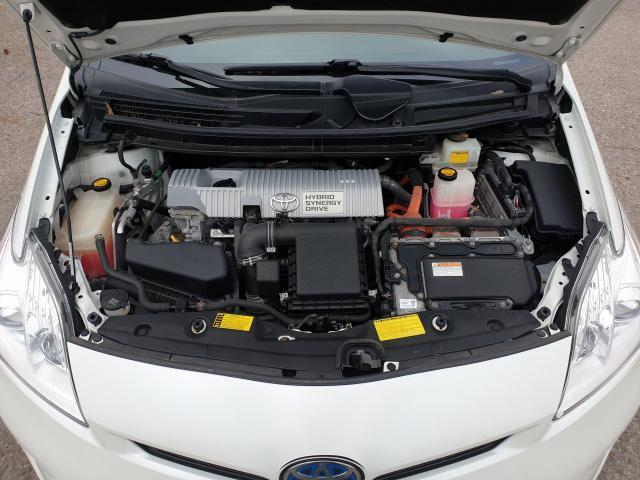 2014 Toyota Prius  Photo26