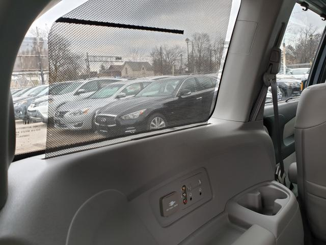 2011 Honda Odyssey Touring Photo23