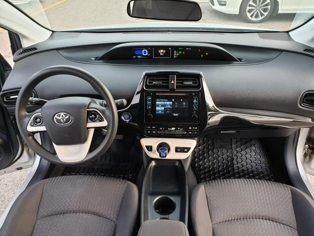 2016 Toyota Prius Two Photo10