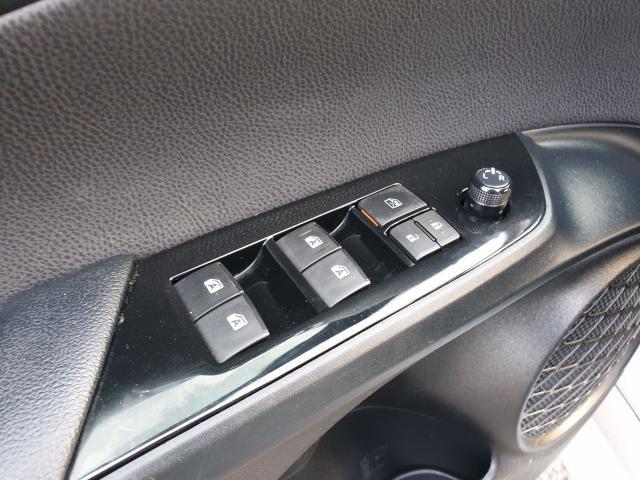 2016 Toyota Prius Two Photo22