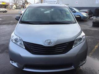 Used 2015 Toyota Sienna 5DR 7-PASS FWD for sale in Hamilton, ON