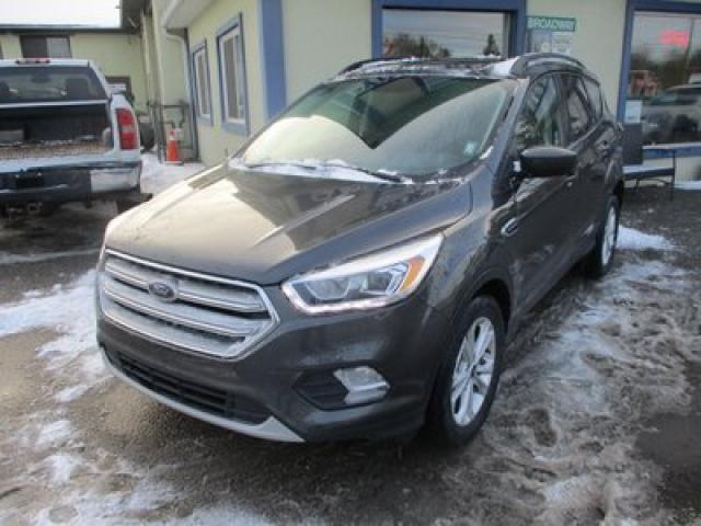 2018 Ford Escape FOUR-WHEEL DRIVE SEL EDITION 5 PASSENGER 1.5L - ECO-BOOST.. NAVIGATION.. LEATHER.. HEATED SEATS.. PANORAMIC SUNROOF.. BACK-UP CAMERA..
