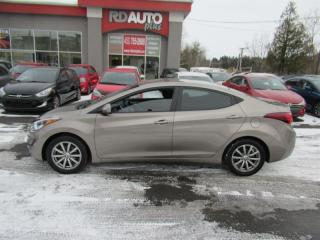 Used 2015 Hyundai Elantra 4dr Sdn Man GL for sale in Notre-Dame-Des-Prairies, QC