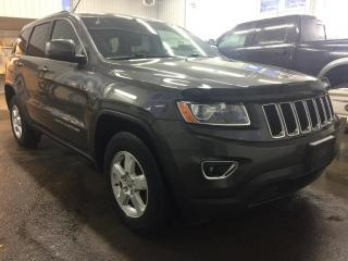 Used 2015 Jeep Grand Cherokee 4WD Laredo for sale in Boischatel, QC