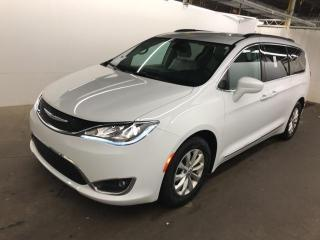 Used 2017 Chrysler Pacifica Leather H. Seats, NAV, 8 Passenger, for sale in North York, ON