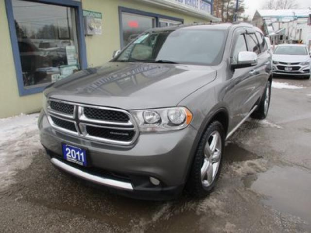 2011 Dodge Durango ALL-WHEEL DRIVE CREW EDITION 7 PASSENGER 3.6L - V6.. BENCH & THIRD ROW.. NAVIGATION.. SUNROOF.. BACK-UP CAMERA.. LEATHER.. HEATED SEATS..